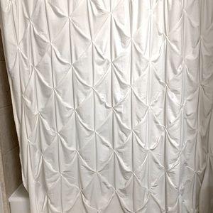 Threshold Pleated Shower Curtin
